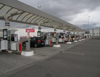 法国加油站